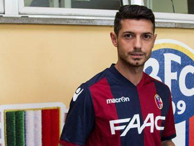 Blerim Džemaili con la maglia del Bologna
