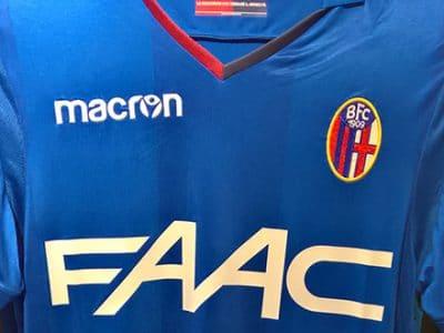È blu royal la terza maglia del Bologna 2017-2018