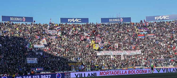 3000 euro di ammenda al Bologna per uno striscione contro gli arbitri