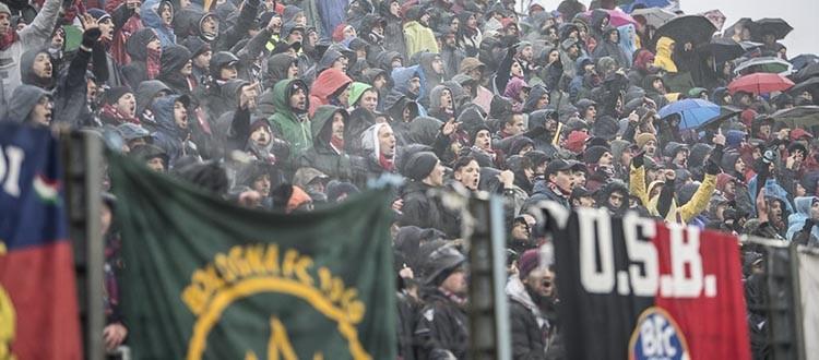 Tre anni di monotonia e rassegnazione per i tifosi rossoblù, ma al Bologna va bene così