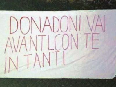 A Casteldebole compare un altro striscione, questa volta pro Donadoni