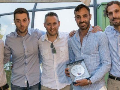 Il 1° premio 'Cuore Rossoblù' a Mimmo Maietta: