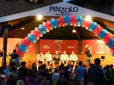 In attesa di Dzemaili, tanti applausi per Inzaghi e i leader del Bologna. Palacio: