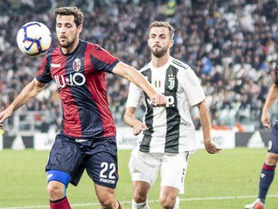 I rossoblù rinunciano al gioco, contro la Juve una prova remissiva