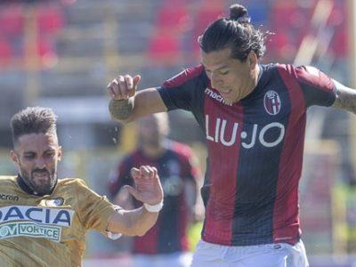 Sofferenza, attributi e lucidità, il Bologna piega 2-1 l'Udinese con Santander e Orsolini