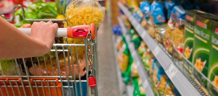 Viva i supermercati sempre aperti (e le paghe eque)