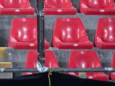 L'ultimo paradosso: calcetto sì, pubblico negli stadi no