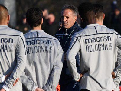 Primo allenamento per Mihajlovic, a Casteldebole quasi 500 tifosi