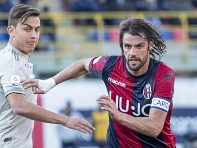 Un solo errore condanna un Bologna sontuoso, Juventus brutta e vincente con Dybala