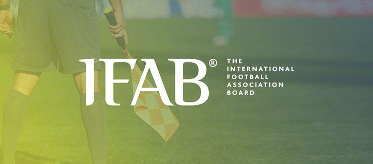 Il calcio si rinnova: ecco le 10 nuove regole approvate dall'International Football Association Board