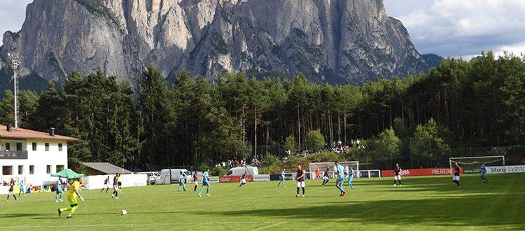 Il primo gol della stagione è di Destro, poi Sansone, Cassandro e doppietta di Falcinelli. Sciliar sconfitto 5-0