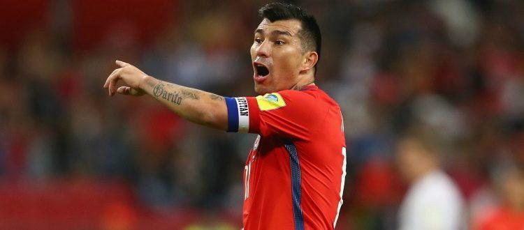 Protesta popolare, il Cile rinuncia all'amichevole contro il Perù. Medel: