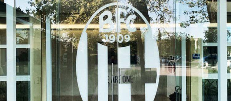 Esercitazioni tecnico-tattiche a porte chiuse per il Bologna, Dijks unico assente