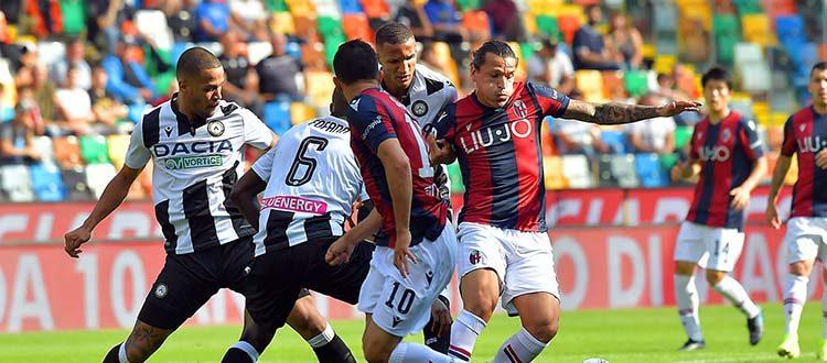 Non si salva quasi nessuno nel Bologna sconfitto alla Dacia Arena, male anche l'arbitro Giua