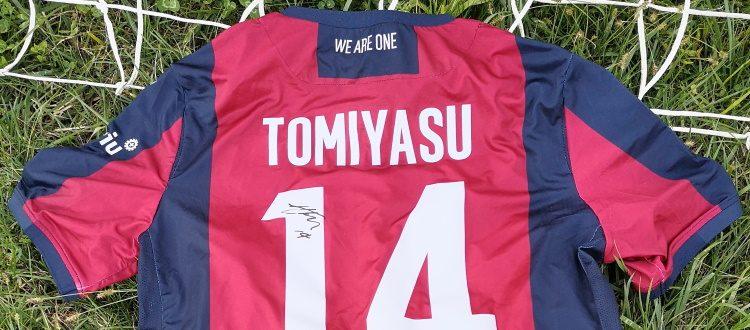 Zerocinquantuno e Beneficenza Di Vaio per Bimbo Tu: in palio su eBay una maglia di Tomiyasu autografata