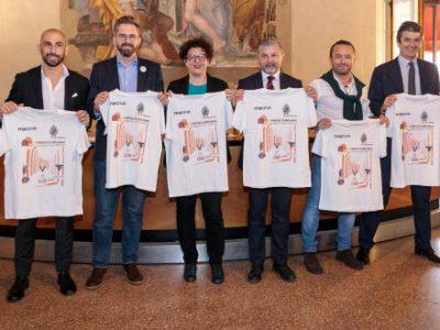 Le squadre di Bologna riunite in una speciale t-shirt a sostegno dei portici come patrimonio UNESCO