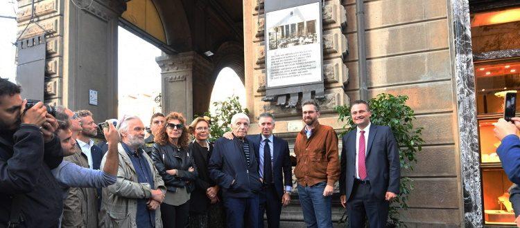 Scoperta la targa che commemora la fondazione del Bologna. Lepore: