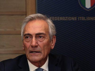 Tra riflessioni, polemiche e contraddizioni, lo sport italiano decide il suo futuro. Serie A verso lo stop fino al 3 aprile