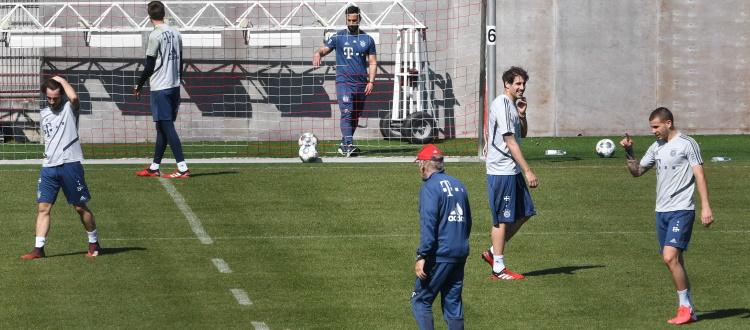 La Bundesliga è già pronta a riprendere: squadre al lavoro ormai da un mese, si punta a giocare l'8 maggio