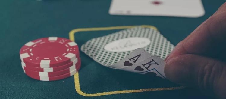 Le tecniche e gli strumenti per diventare dei professionisti del poker