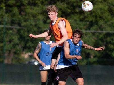 Il Bologna accelera: lavoro atletico, esercitazioni tattiche e partitella a Casteldebole