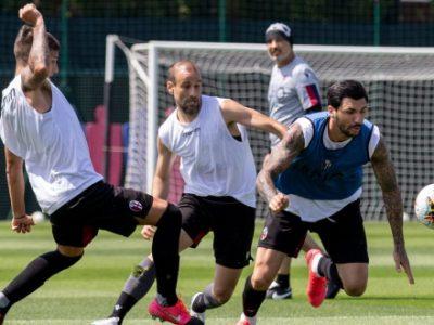 Allenamento intenso con e senza pallone per il Bologna, domani giorno libero