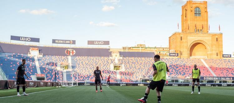 Bologna di nuovo al Dall'Ara 111 giorni dopo, Barrow e Santander a segno nella partita in famiglia