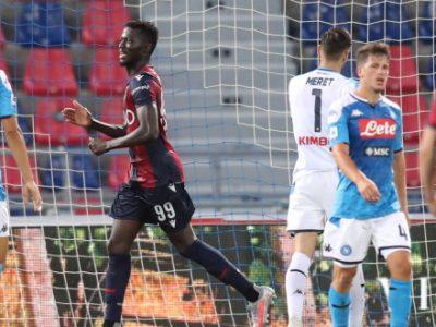 Il solito Barrow risponde a Manolas: Bologna-Napoli 1-1. Il VAR, la sfortuna e un po' d'imprecisione negano la vittoria ai rossoblù