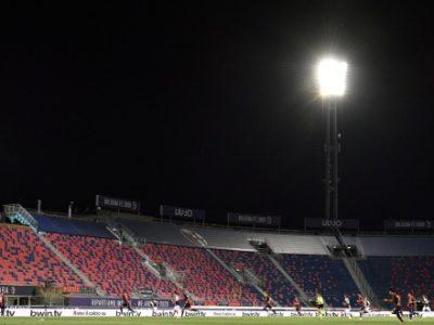 L'ultima farsa: discoteche aperte, stadi... non si sa. Il problema di questo Paese non è certo il calcio