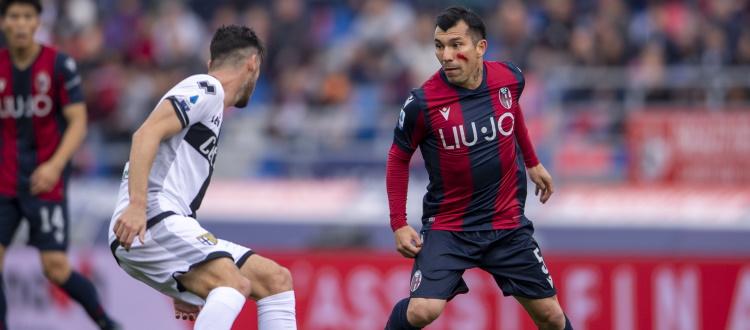 Contro il Parma torna Medel. Prima convocazione per Hickey, davanti rimane fuori Juwara