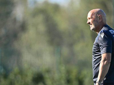 Prove di movimenti attacco contro difesa schierata, in attesa del derby contro il Parma