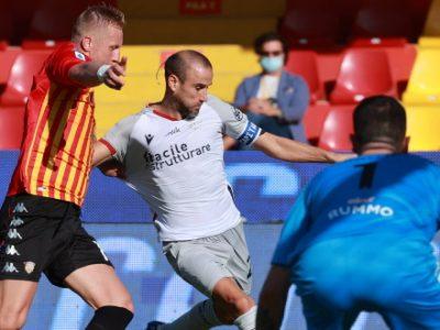 Il Bologna sbatte su Montipò e cade a Benevento, Inzaghi vince 1-0 con Lapadula