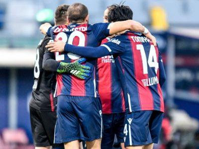 Bologna all'Allianz Stadium con la rosa quasi al completo. Medel e Mbaye in gruppo anche se non al 100%