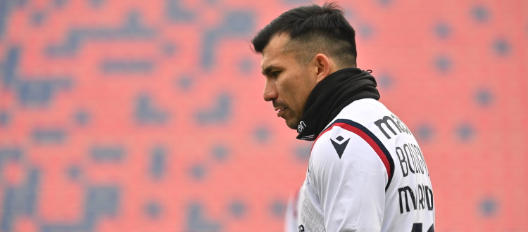 Seduta tecnico-tattica e partitella verso Juventus-Bologna: differenziato per Medel, terapie per Santander