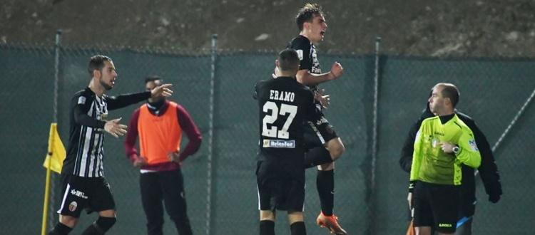 Primo gol tra i professionisti per Cangiano, decisivo nella rimonta vincente dell'Ascoli sulla Reggina