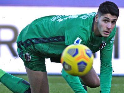 Anche Mbaye e Ravaglia tornano a disposizione, per Bologna-Milan out 'solo' Medel e Santander