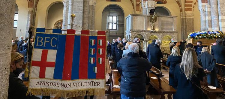 Celebrato a Milano il funerale di Mauro Bellugi, presente una delegazione del Bologna