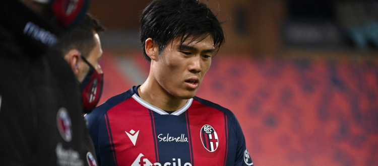 Per Tomiyasu risentimento muscolare al polpaccio, martedì pomeriggio la ripresa degli allenamenti