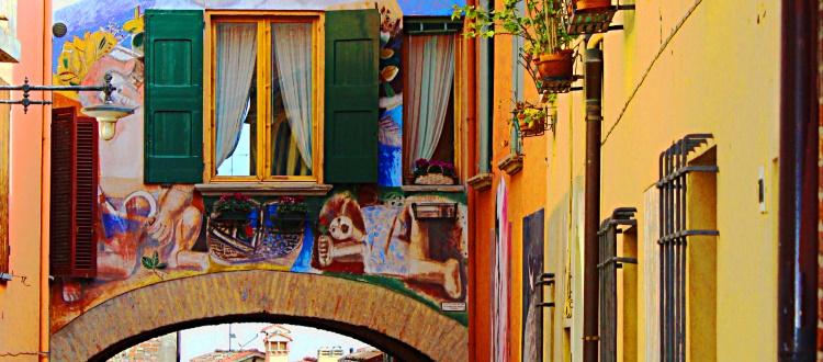 Dozza, il borgo dipinto