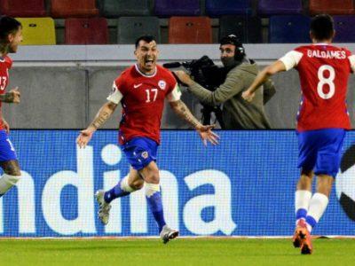 Col Cile è tutto un altro Medel: ottima prova e assist nell'1-1 contro l'Argentina, resta in panchina Dominguez