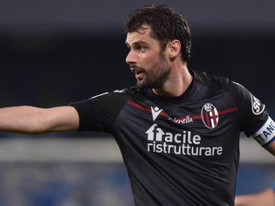 Poli rientrato a Bologna, cessione vicina: sul capitano rossoblù c'è l'Antalyaspor