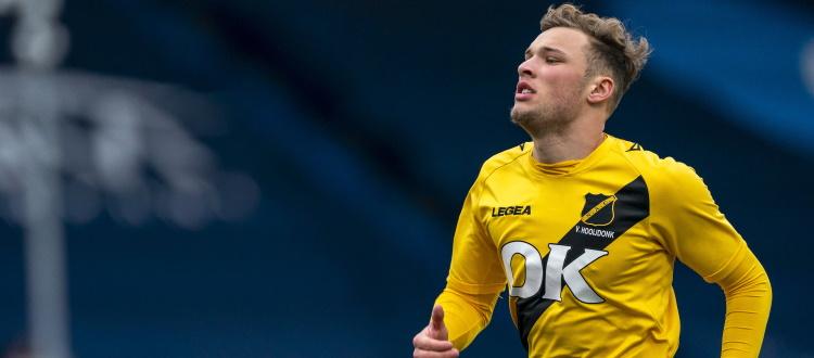 Van Hooijdonk il quarto giocatore olandese nella storia del Bologna, Binks il primo inglese