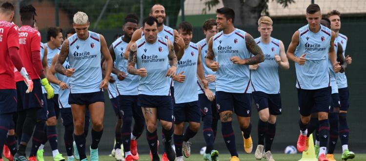 Tra i convocati di Mihajlovic per il doppio test contro il Liverpool si rivedono Dominguez, Medel e Skov Olsen