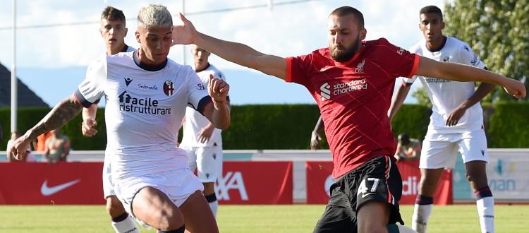 Liverpool-Bologna, 1-0 nella seconda sfida: decide un gol di Minamino, primi minuti della stagione per Dominguez e Medel