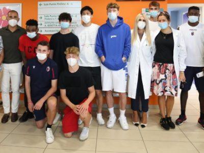Di Vaio, Skov Olsen, Tomiyasu e Kingsley testimonial rossoblù della campagna di vaccinazione anti-COVID
