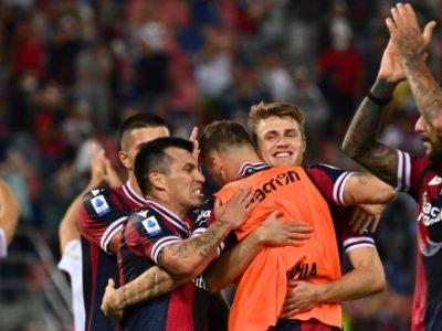 Tattica e prove di calci da fermo a due giorni dal match di Milano, ancora differenziato per Schouten
