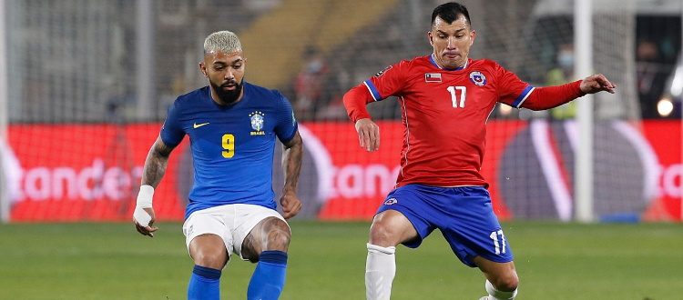Novanta minuti per Medel in Cile-Brasile 0-1, la Svezia di Svanberg manda k.o. 2-1 la Spagna