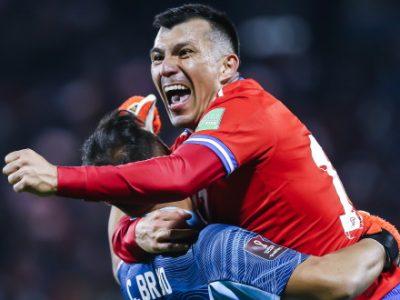 Medel sempre titolare e leader del suo Cile: 3-0 al Venezuela. Non schierato Dominguez in Argentina-Perù 1-0