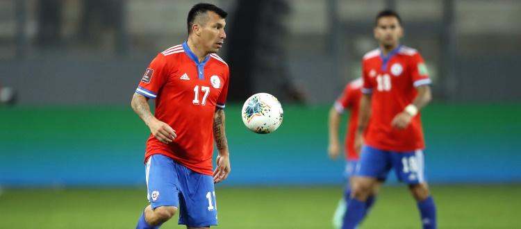 Cile sconfitto 2-0 in Perù, 90 minuti per Medel. Non impiegati Barrow, Cangiano, Dominguez e Molla, niente Nazionale per Hickey